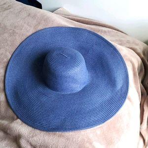 2/20$ Big blue floppy sunhat